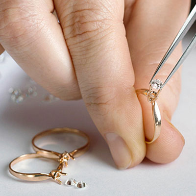 jewelry-cleaning-service